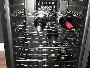 Vinotemp 28-bottle wine cooler