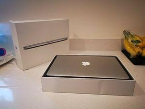 "Apple MacBook Pro Core i5 2.6 13"" Retina (Mid 2014) 8GB RAM 128GB"