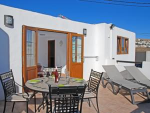 BEAUTIFUL 1 BEDROOM VILLA IN RURAL LANZAROTE